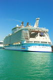 Kreuzschiff-Costa Luminosa Lizenzfreie Stockbilder