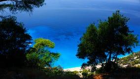 Kreuzschiff-Costa Luminosa Ansicht von Lefkas, eine grüne ionische griechische Insel, von einem Tageskreuzfahrtboot, das Nidri-Ha Lizenzfreie Stockfotos