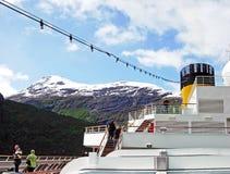Kreuzschiff Costa Magica auf dem Geirangerfjord in Norwegen Stockbild