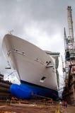 Kreuzschiff Drydock Stockfoto