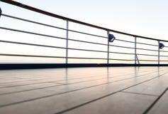 Kreuzschiff-Gehweg stockbild