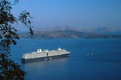 Kreuzschiff santorini Stockfoto