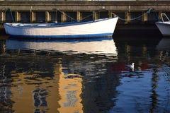 Kreuzung des Kanals stockbilder