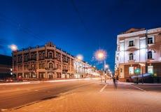Kreuzungen mit den Gebäudebeiträgen auf es Gomel, Weißrussland stockfoto