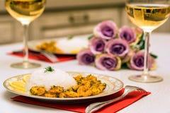 Krewetka z ryż i białym winem obrazy royalty free