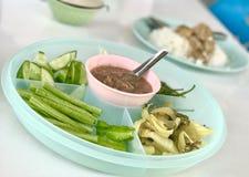 Krewetkowy pasta kumberland z warzywami, południowy Tajlandzki popularny jedzenie Fotografia Royalty Free