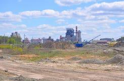 KRICHEV,白俄罗斯- 2017年5月12日:Krichevsky水泥板岩组合第二条线  免版税库存照片