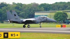 Kriechender RSAF F-15SG Schlag-Adler Stockfoto