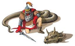 Krieger und eine riesige Schlange Lizenzfreies Stockfoto