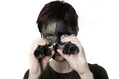 Krigkvinna med vapnet Arkivbild