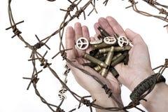 Krigkvinna med vapnet Royaltyfri Foto