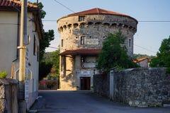 Krigmuseum i Lokev Arkivbild