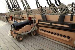 Krigsskeppet för HMS som Victory Famous var involverad i striden av Trafalgar, ledde vid amiralen Lord Nelson i 1765 Arkivfoton