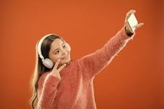 Krijg muziekabonnement Geniet muziek van concept De beste muziek apps dat verdient luistert Let op vrij Mobiele Toepassing royalty-vrije stock afbeelding