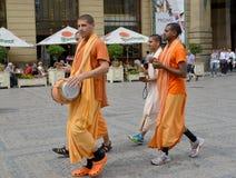 Krishnaites iść puszek uliczny Praga republika czech Obraz Royalty Free