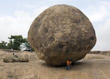 Krishnas Butterball - Mamallapuram - Indien lizenzfreies stockbild