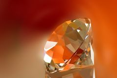 kristal op rode achtergrond Royalty-vrije Stock Foto's