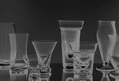 Kristalglazen op zwarte Royalty-vrije Stock Afbeelding