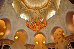 Kristalkroonluchters Sheikh Zayed Grand Mosque Stock Foto's