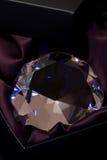 Kristall im Kasten Stockbild