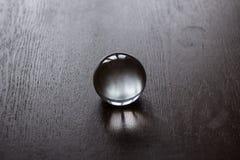 Kristallen bol in het midden Royalty-vrije Stock Foto