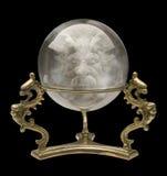 Kristallen bol met een Gezicht van de Tovenaar Royalty-vrije Stock Afbeelding