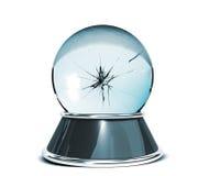 Kristallen bol over witte achtergrond en gebroken glas - Malplaatje voor ontwerpers Stock Foto's