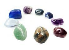 Kristaller för agat för sodalite för ametistkvartsgranatrött geologiska Royaltyfri Foto