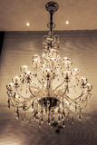 Kristallkronabelysning, vägglampetten, varmt ljus, ljuset av hopp, tänder upp din dröm, romantisk tid Royaltyfri Fotografi