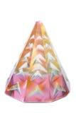 Kristallprisma lokalisiert auf Reinweißhintergrund stockfotografie
