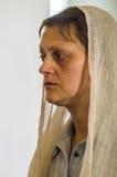 Kristen dyrkan på dagen av vördnaden av den Sanka ortodoxa symbolen av den Kaluga modern av guden i det Iznoskovsky området, Kalu arkivfoto