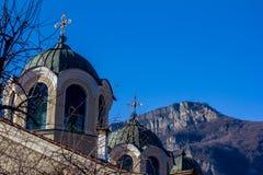 Kristen kyrka i staden av Teteven, Bulgarien royaltyfri bild