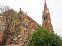 Kristen kyrka med klockatornet arkivfoton