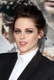 Kristen Stewart arrives at the 'Snow White And The Huntsman' Los Angeles screening Stock Photo
