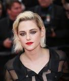 Kristen Stewart assiste au ` de société de café de ` Image stock