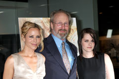 Kristen Stewart, Maria Bello, William Hurt, verletzt stockfotos