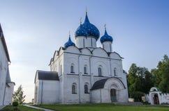 Kristi födelsedomkyrka i den Suzdal Kreml arkivfoton