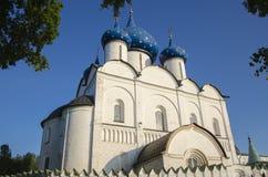 Kristi födelsedomkyrka i den Suzdal Kreml Arkivbilder