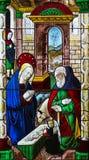 Kristi födelsemålat glass - ca 1460-80 Arkivbild