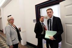 Kristian thulesen dahl som det danska folket festar brukar financeminister royaltyfria bilder
