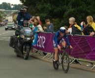 Kristin Armstrong im olympischen Zeit-Versuch Lizenzfreies Stockbild