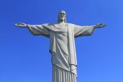 Kristus Förlossare överst av Corcovado, Brasilien Arkivfoto