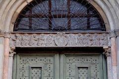 Kristus och apostlarna; Domkyrka av Cremona Royaltyfria Bilder