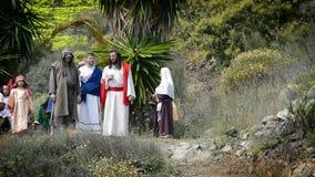 Kristus talar till aposteln, den sceniska framställningen av passionen. stock video