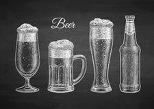 Krita skissar av öl Fotografering för Bildbyråer
