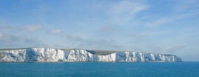 Kritaklippor på Dover arkivbilder