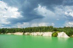 Kritbrott sjö nära Hrodna Royaltyfria Foton