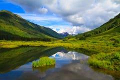 Kritisera floden på den krönade butten, Colorado Royaltyfria Foton