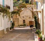 Kritsa镇在克利特,希腊 免版税库存图片