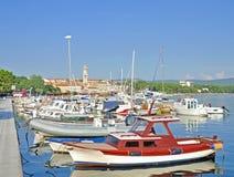 Krk镇, Krk海岛,亚得里亚海,克罗地亚 免版税库存照片